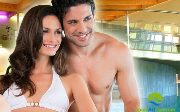Luxusní relax v Beskydech pro DVA s neomezeným vstupem do wellness a bazénu