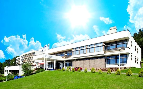 3, 4 nebo 5denní wellness pobyt pro 2 s polopenzí v hotelu Harmonie*** v Luhačovicích