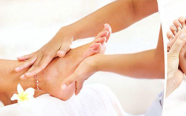 60minutová masáž nohou a masáž plosek nohou