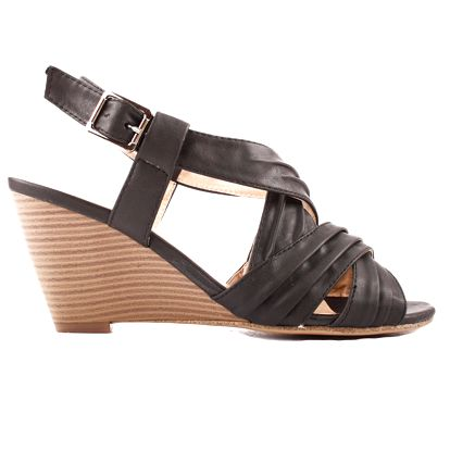 Dámské černé sandálky na klínku Toscania