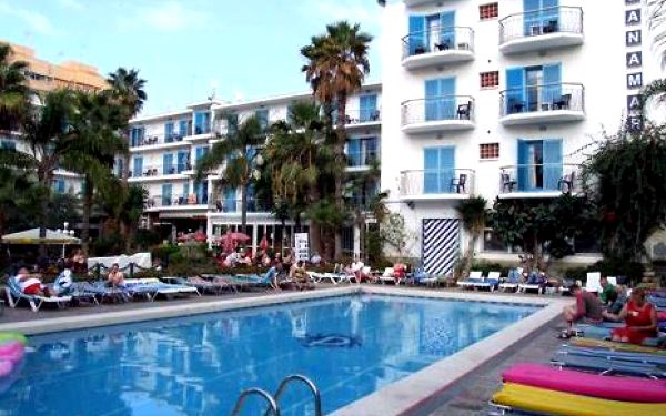 Španělsko, oblast Costa del Maresme, letecky, polopenze, ubytování v 3* hotelu na 8 dní
