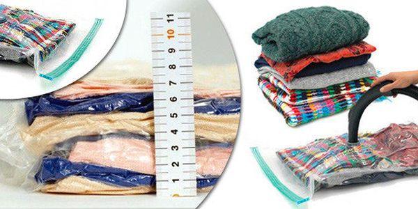 4-6 praktických vakuových pytlů různých velikostí