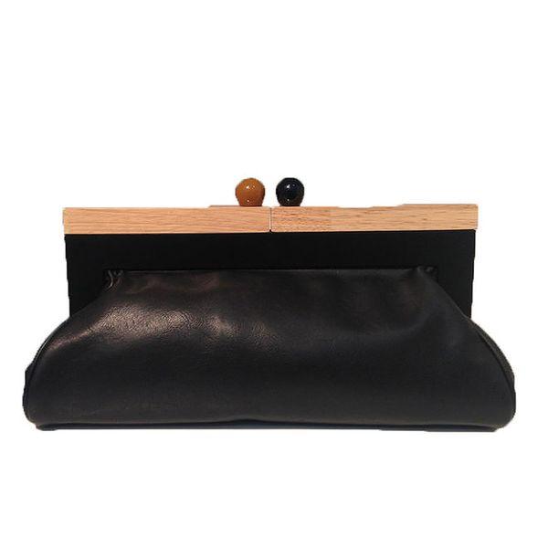 Dámská černá kabelka s retro zapínáním The Style London