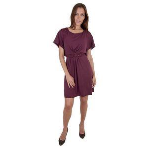 Dámské vínové šaty Relish s ozdobnou krajkou a holými zády