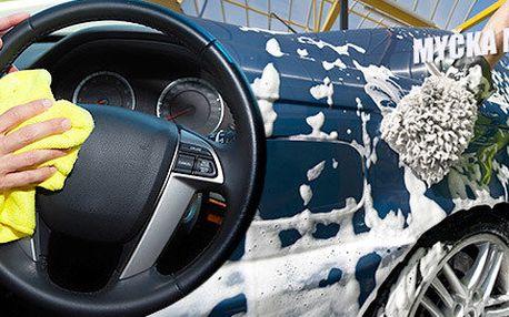 Ruční mytí auta či renovace laku od specialistů