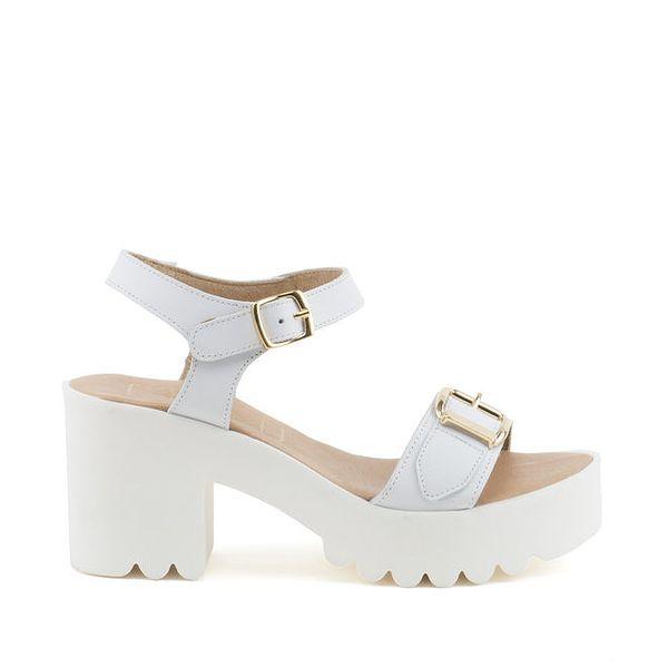 Dámské bílé sandály na bytelném podpatku a platformě MISU