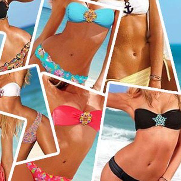 Sexy plavky, bikini s broží - Hit letošního léta! Pořiďte si nádherné dvoudílné plavky, ve kterých budete jen zářit! Vybrat si můžete z 9 barevných provedení!