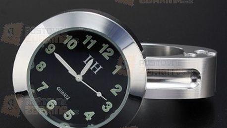 Analogové hodiny na motorku - chromované a poštovné ZDARMA! - 22308927