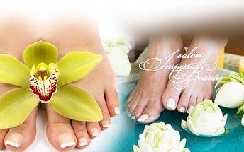 Úžasné balíčky plné péče o Vaše nohy od 190 Kč v salonu Imperial Beauty na Praze 1! Zvolte KOMPLETNÍ MOKROU PEDIKÚRU nebo GEL-LAK na nohy se slevou až 58%!