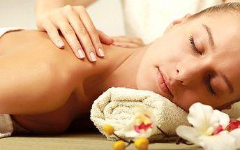 Výběr z luxusních masáží: aroma, hammam nebo spa masáž!