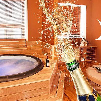 120 minut relaxace ve vířivce nebo sauně pro jednoho s welcome drinkem