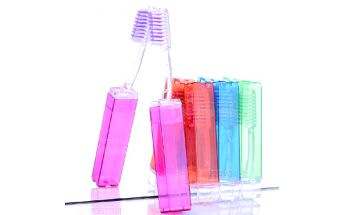 Cestovní zubní kartáček a poštovné ZDARMA! - 23312440