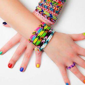 Hit ve světe hraček a šperků: Loom náramky pro holky a kluky!