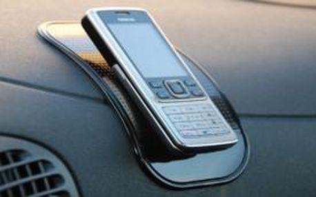 Nanopodložka do auta