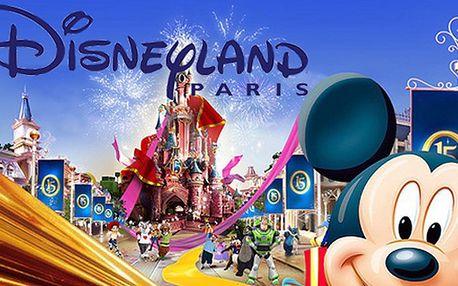 Jednodenní zájezd do Disneylandu v Paříži s fotopauzou u Eiffelovy věže – vychutnejte si exkluzivní zážitek, který nadchne děti i dospělé. Největší zábavní park v Evropě a kouzelný svět nejoblíbenějších animovaných postaviček – Mickey Mouse, Kačer Donald, Toy Story, Příšerky s.r.o. a další.