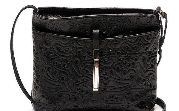 Dámská černá kabelka se vzorem Carla Ferreri