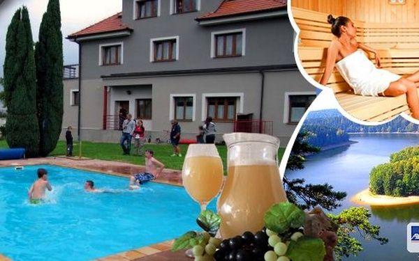 Pobyt v hotelu Harmonie*** pro 2 osoby 3 dny s polopenzí, v ceně navíc sauna, tenis a neomezený vstup do bazénu. Poznejte krásnou přírodu, vydejte se na Sečskou přehradu, hrady, zámky