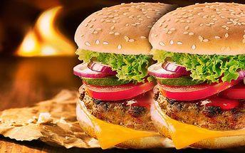 Šťavnaté burger menu v centru Prajy jen za 238 Kč!