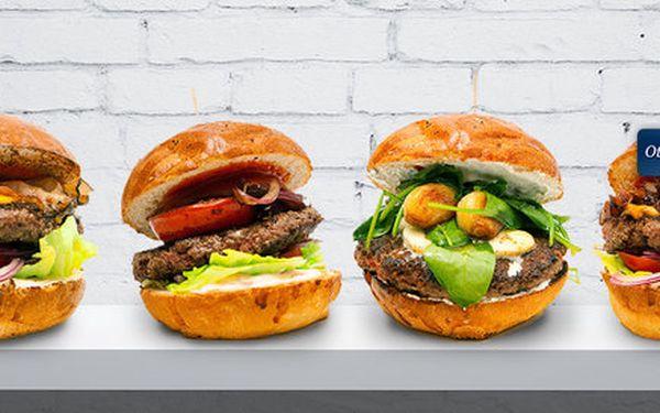 2 velké a šťavnaté 200g burgery v Tom's Burger