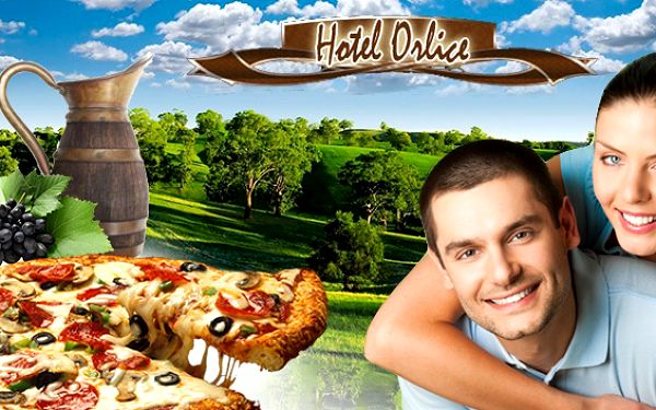 Orlické hory s polopenzí a domácí pizzou pro dva. Domácí pizza přímo z pece, džbánek vína nebo třeba pečené koleno – to vše si můžete vychutnat během pobytu v hotelu Orlice v Deštné