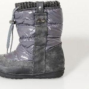 Lesklé zateplené boty