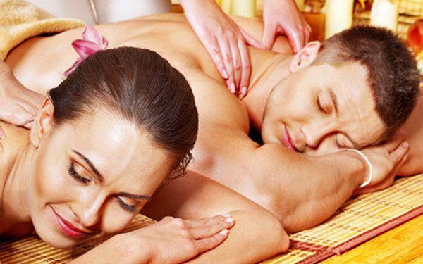 Partnerská olejová thajská masáž v tradičním studiu Thai Sun (2x 60 minut)