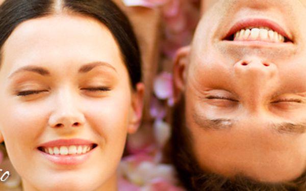 Relaxační balíček pro 2 osoby: masáž, zábal z mrtvého moře, infra sauna i rybičky!