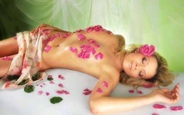 VANILKOVÁ, GRANÁTOVÁ nebo CITRUSOVÁ masáž - havajská masáž s využitím speciálních vonných olejíčků: 60 min. za báječných 249 Kč!