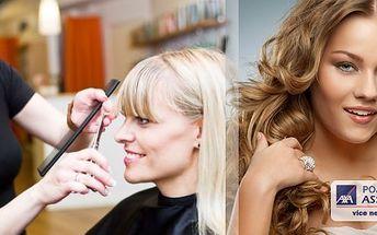 Neváhejte a nechte sebe a své vlasy hýčkat! Dámský kadeřnický balíček pro všechny délky vlasů 6v1. Budete odcházet s novým účesem a novým sebevědomím