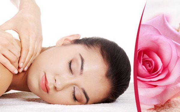 Poctivá 90 minutová masáž šíje, zad a dolních končetin.