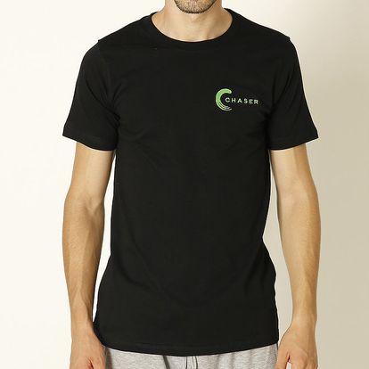 Pánské černé tričko se zeleným nápisem Chaser