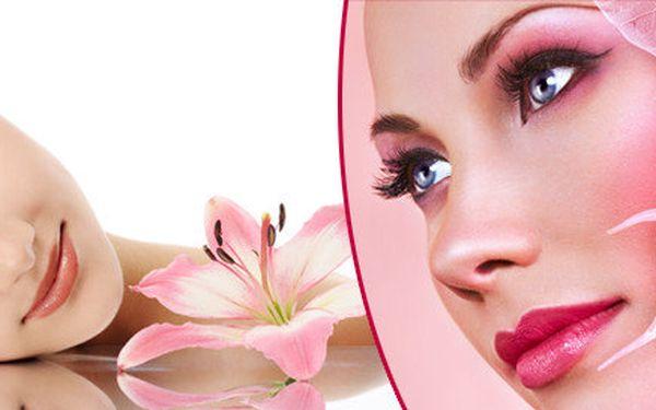 Luxusní 90 minut kosmetické ošetření a 20 minut masáže obličeje, krku, dekoltu a rukou