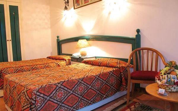 Hotel All Seasons Badawia, Egypt, Sharm El Sheikh, 8 dní, Letecky, Polopenze, Alespoň 3 ★★★, sleva 0 %, bonus (Celodenní výlet lodí, Potápění, Poukaz do kosmetického salonu)