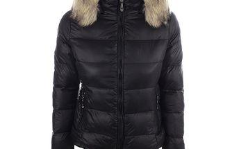 Dámská černá prošívaná bunda s kapucí B.style