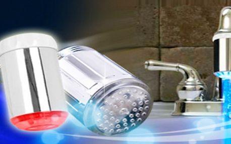 SVÍTÍCÍ LED NÁSTAVEC na kohoutek za pouhých 99 Kč! Tekoucí voda rozsvítí sadu LED diod! Užijte si zábavu při mytí nádobí:-)