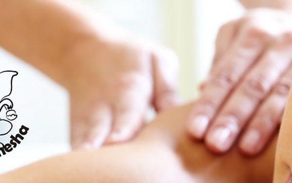 60 minutová masáž minerály z Mrtvého moře zakončená peelingem z mořské soli