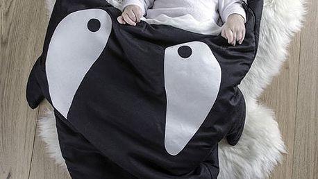 Úžasný, ale i praktický dětský spací pytel (98x73cm) - černá kosatka