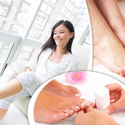 Profesionální pedikúra pro zdravé nohy