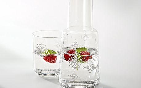 Karafa na vodu se skleničkou