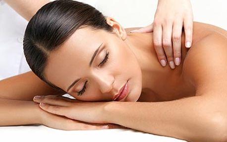 45 minutová masáž zad a šíje pro úlevu od bolestí,...