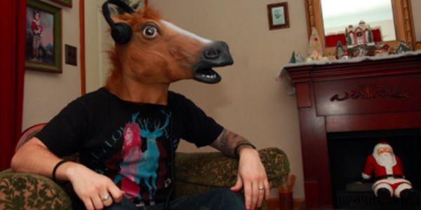Absolutně realistická maska koňské hlavy jako překvapivý dárek ! Za neskutečnou cenu pouhých 599 Kč!
