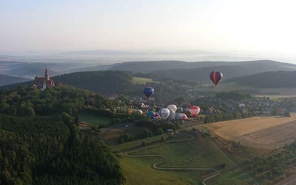 7 dravých jízd na minikárách u hradu Bouzov