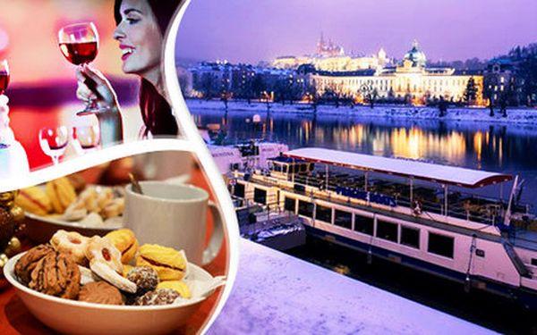 Adventní oběd nebo večeře na vlnách Vltavy