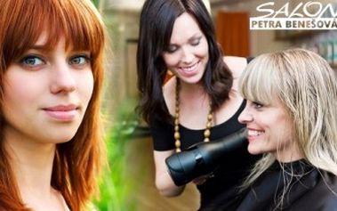 Nová barva nebo melír pro krásné vlasy! Udělejte si radost novým účesem včetně střihu a regenerace.