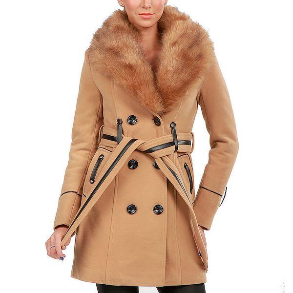 Dámský béžový dvouřadý kabát s kožíškem Isabel Queen