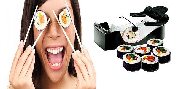 Perfect roll - PERFEKTNÍ praktický pomocník do Vaší kuchyně, skvělý pro přípravu sushi, masových, zeleninových nebo ovocných rolek !!!! Nyní s 50% slevou včetně poštovného a balného.