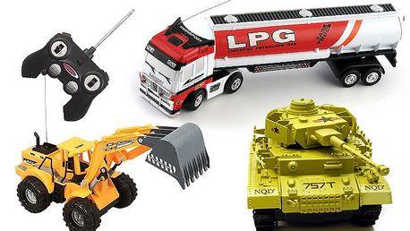 RC model kamionu, tanku nebo bagru na dálkové ovládání