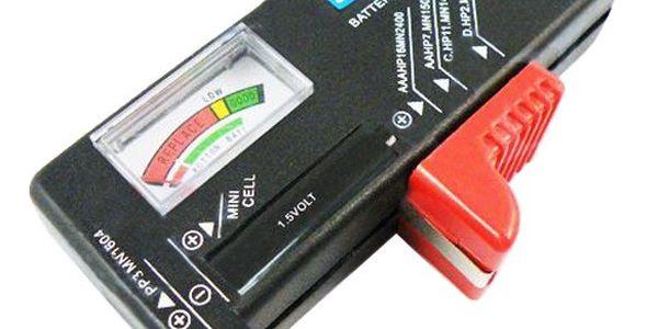 Univerzální tester baterií