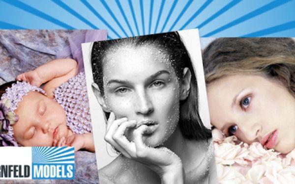 Profesionální FOCENÍ V ATELIÉRU fotografky modelek Kláry Kornfeld za exkluzivních 990 Kč/Olomouc! Včetně kouzel vizážistky a stylistky! Pořiďte si fotky, které vyrazí dech! Nebo voucher věnujte, platí do 3/2015!