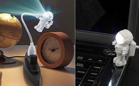 Hledáte zajímavý a originální dárek který rozhodně jen tak někdo nemá? Astro-Lampa je ten pravý tip! Absolutní novinka která jistě potěší nejen milovníky vesmíru!